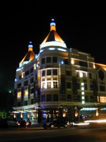 大連[星海國寶]商服樓燈光設計